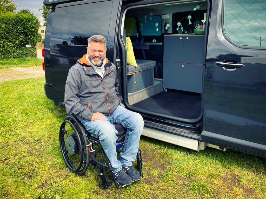 Camping mit Rollstuhl aus dem Campingplatz Ivendorf bei Travemünde